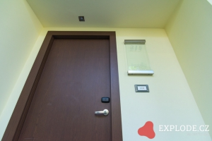 Dveře do pokoje
