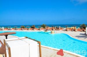 Bazén hotelu Royal Decameron Boa Vista