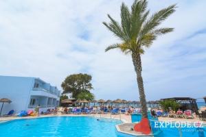 Bazén Avra Beach