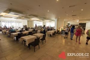 Restaurace hotelu Avra Beach
