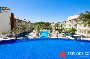 Bazén hotelu Viva Bahia