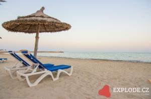 Pláž u hotelu Riu Palm Azur
