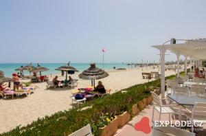 Pláž s terasou