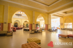 Hala hotelu Zita Beach