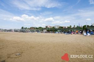 Písečná pláž