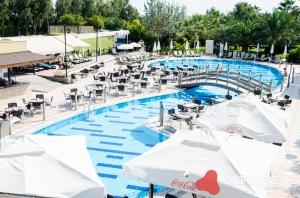 Bazén hotelu Belek Beach
