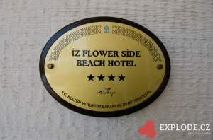 Iz Flower Side Beach hotel