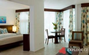 Pokoj hotelu Grand Paradise Playa Dorada