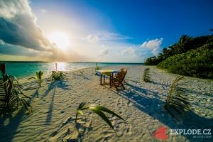 Pláž na ostrově Horubadhoo - Royal Island Resort & Spa Maldives
