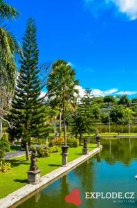 Vodní palác Taman Soekasada Ujung